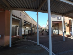 駅前のモール